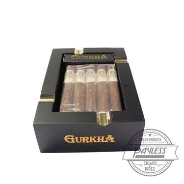 Gurkha Treinta Toro 10-Pack and Ashtray Gift